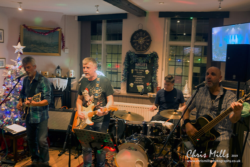 live music newent